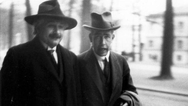 Niels Bohr - Albert Einstein